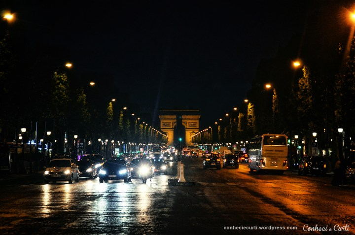 champs_elysee_foto_noturna_noite
