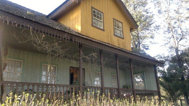 Heimat Museum em Colônia Witmarsum, PR - observe os lambrequins
