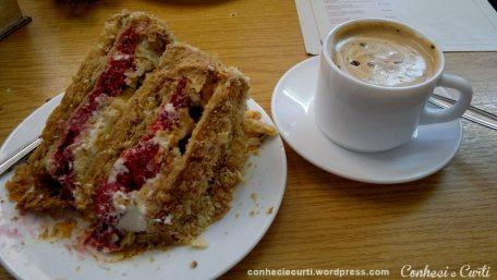 A torta que pedi - em Kuchenladen, Frutillar
