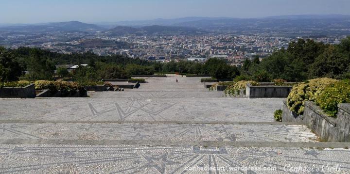 Santuário do Sameiro, escadarias e vista da cidade, Braga - Portugal.
