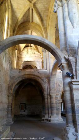 santa-clara-a-velha-coimbra-ruinas-igreja