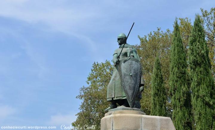 Estátua de D. Afonso Henriques, Guimarães.