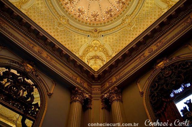 Detalhes do Salão Dourado, Teatro Colón em Buenos Aires - Argentina