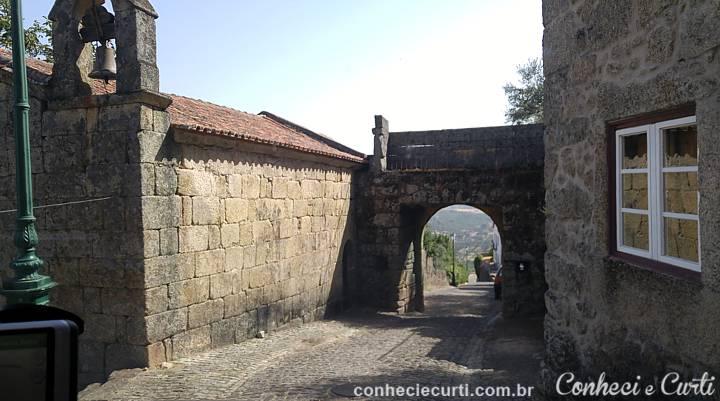 Porta Espírito Santo ou de São Sebastião,Monsanto - Portugal.