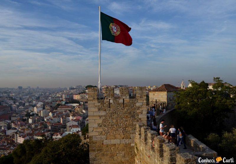 Bandeira de Portuga Castelo de São Jorge, Lisboa.
