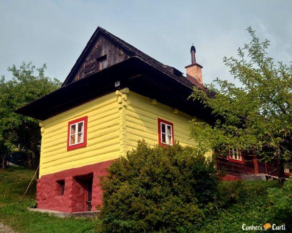A aldeia Vlkolínec, onde o tempo parou no passado – Eslováquia