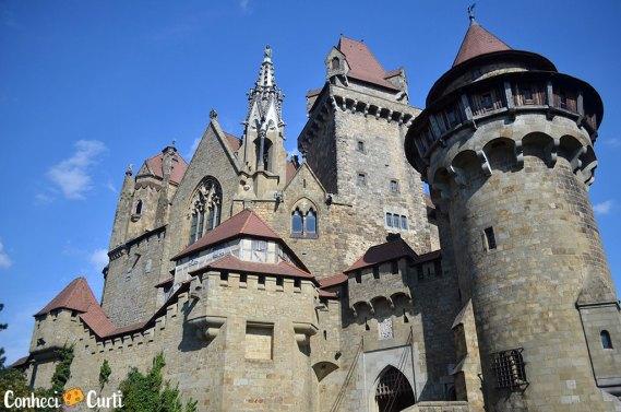 Castelo Kreuzenstein da Áustria, um mergulho no passado