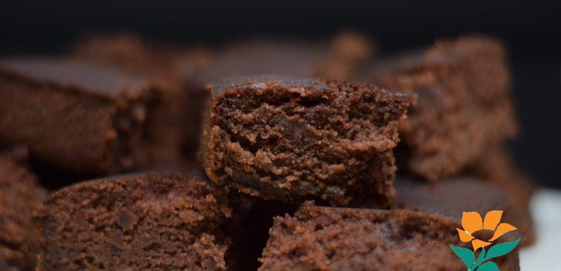 BROWNIE DE CHOCOLATE (SIN GLUTEN, SIN SOJA, SIN FRUTOS SECOS, VEGANO)