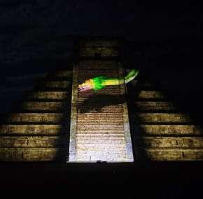 Espectáculo de luces de Chichen Itzá – Noches de Kukulkán