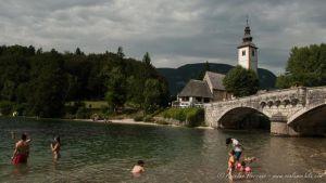 Lago Bohinj e Iglesia de San Juan Bautista - Eslovenia