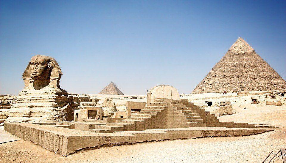 Esfing y Piramide de Giza - El Cairo - Egipto