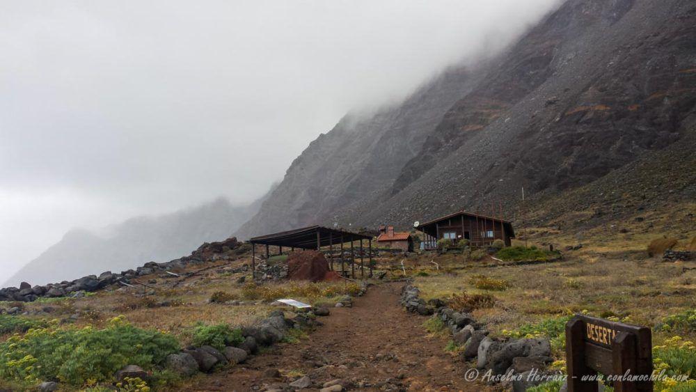 Centro de Interpretacion y Casa de Guardas - Ihlas Desetas - Madeira