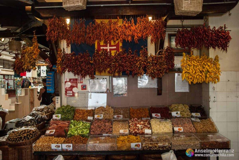 Puesto de Frutos Secos - Mercado dos Lavradores - Funchal - Madeira