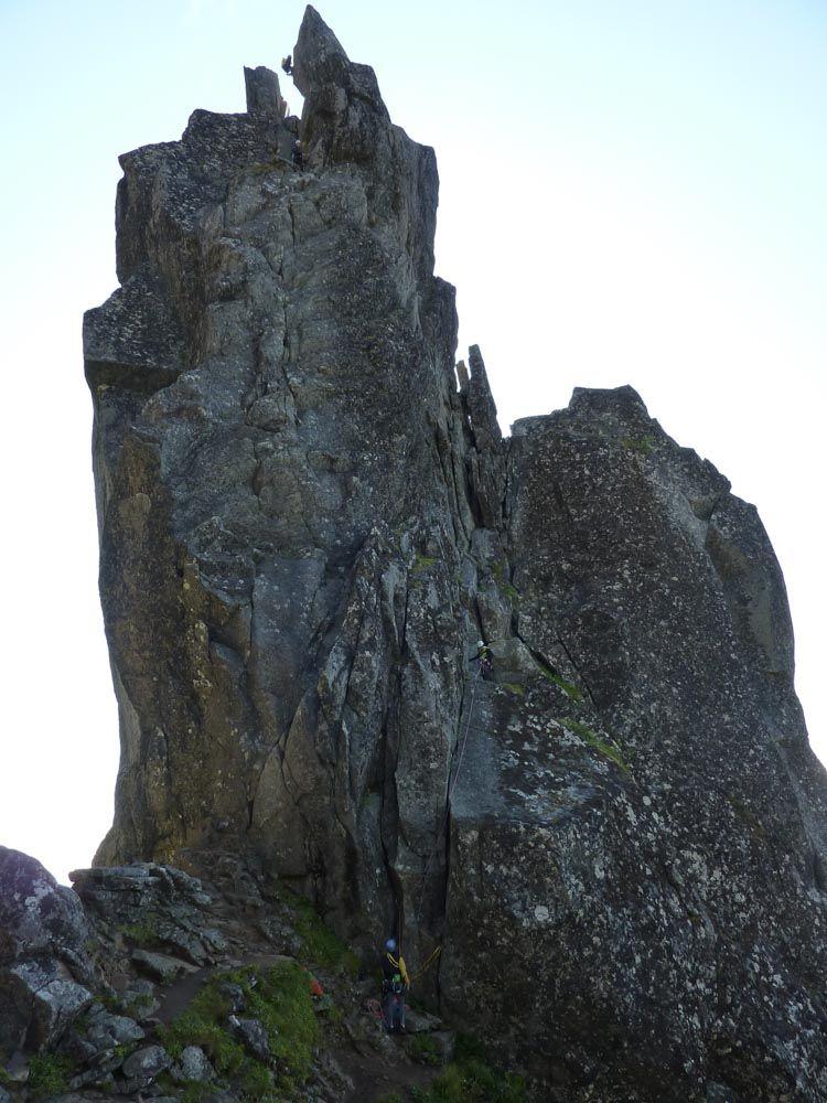Comenzando Via Clasica Svolvaergeita - Noruega