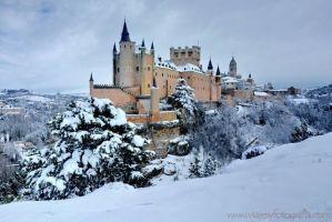 Alcazar de Segovia Nevado - Foto tomada desde tierra   Foto: Antonio Quinzán