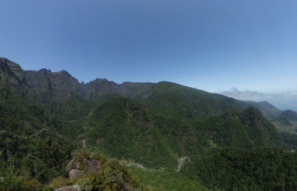 Vistas desde el Mirador de la Vereda dos Balcões - Madeira