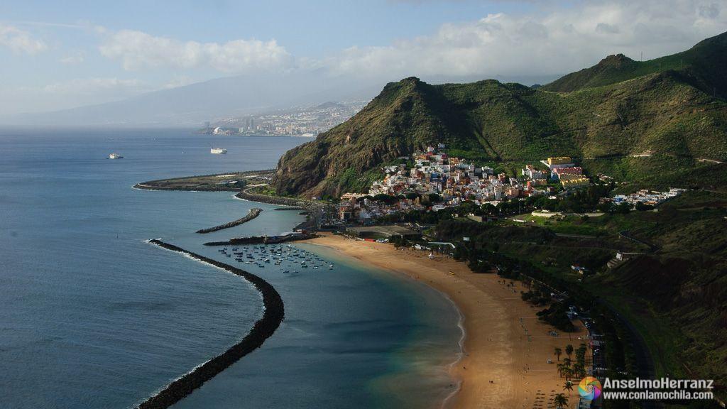 Playa de las Teresitas desde el Mirador de las Teresitas o las Gaviotas - Tenerife