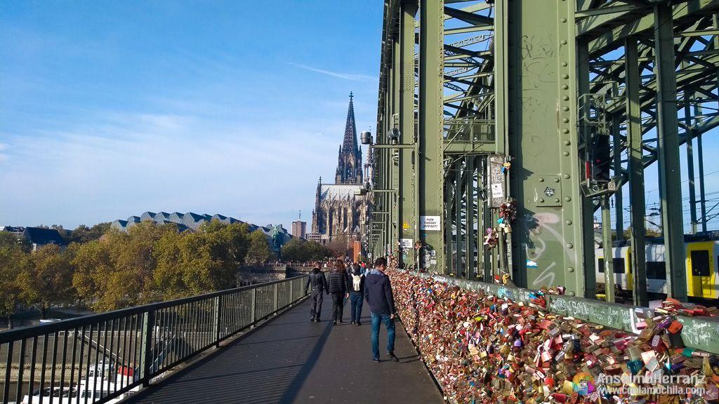 Pasarela de peatones del puende de los Candados de Colonia - Alemania