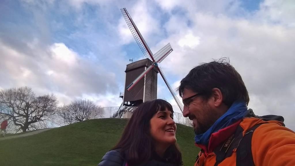 Junto al Molino de San Juan - Brujas - Flandes - Bélgica