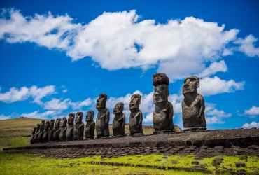 Moai - Parque Nacional Rapa Nui - Isla de Pascua - Chile