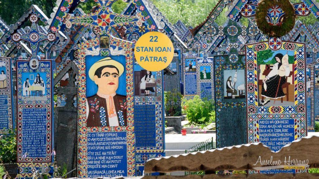 Stan Ioan Patras - Cementerio Alegre de Sapanta - Rumanía