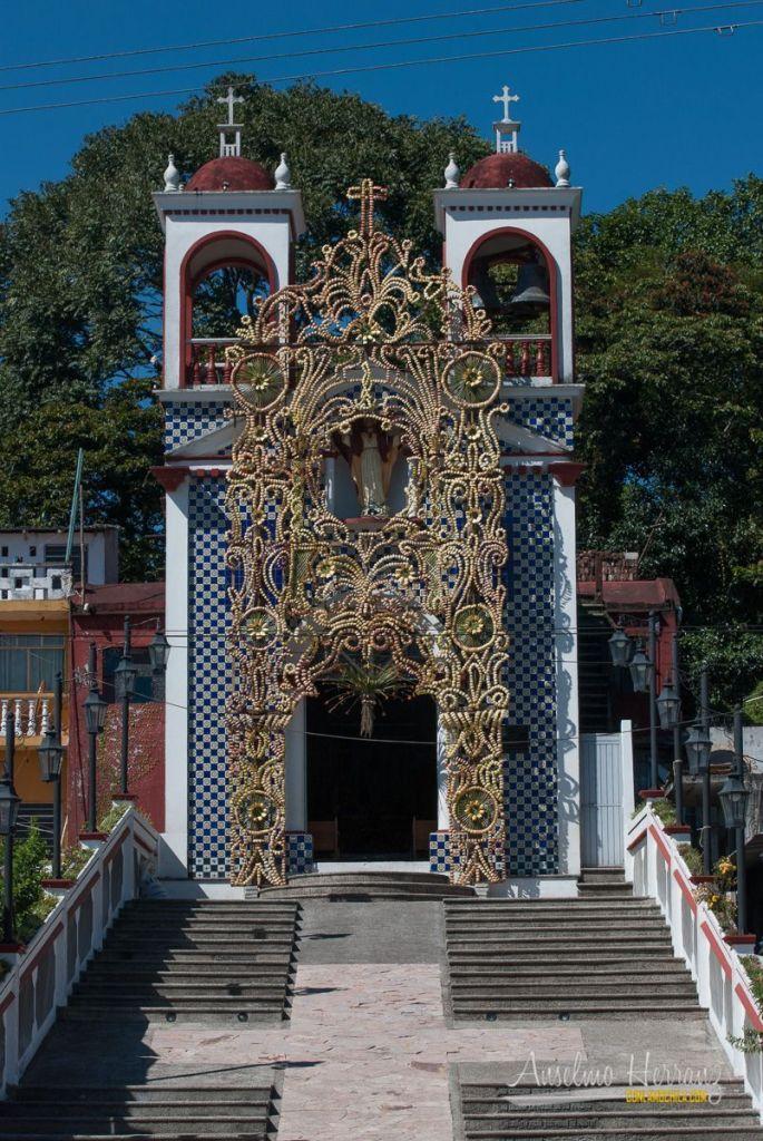 Entrada a la Capilla de Cristo Rey - Xico - Veracruz
