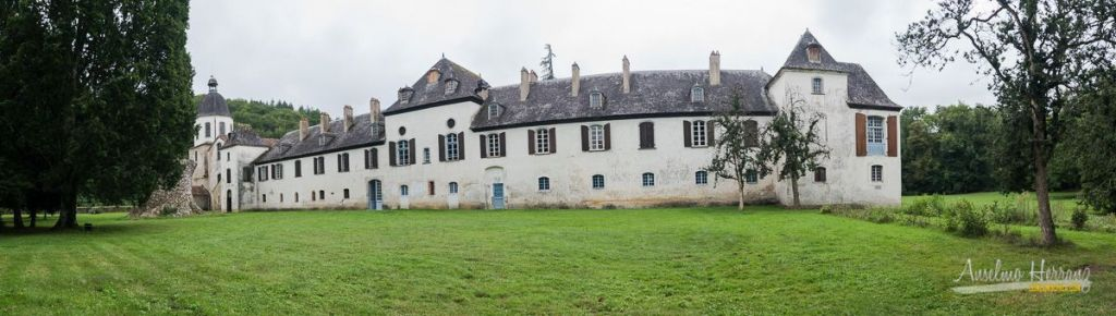 Panorámica de la abadía de Escaladíeu