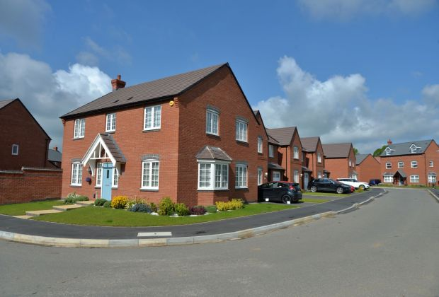 Street scenes at Ashberry Homes' Tilia Park development in Cawston-233f644f