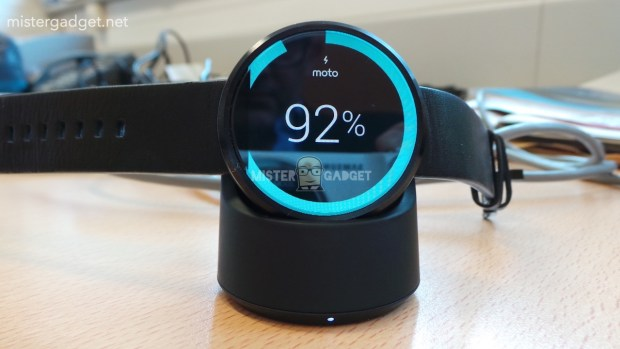 Moto-360-charger