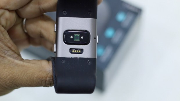 Fitbit Surge Review HRM
