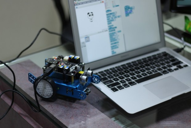 Programming mBot with mBlock