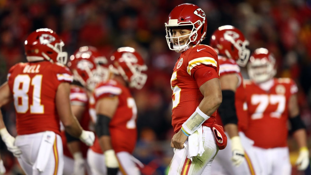 Chiefs-Patriots Previews: Can Pats Defense Contain Patrick Mahomes?
