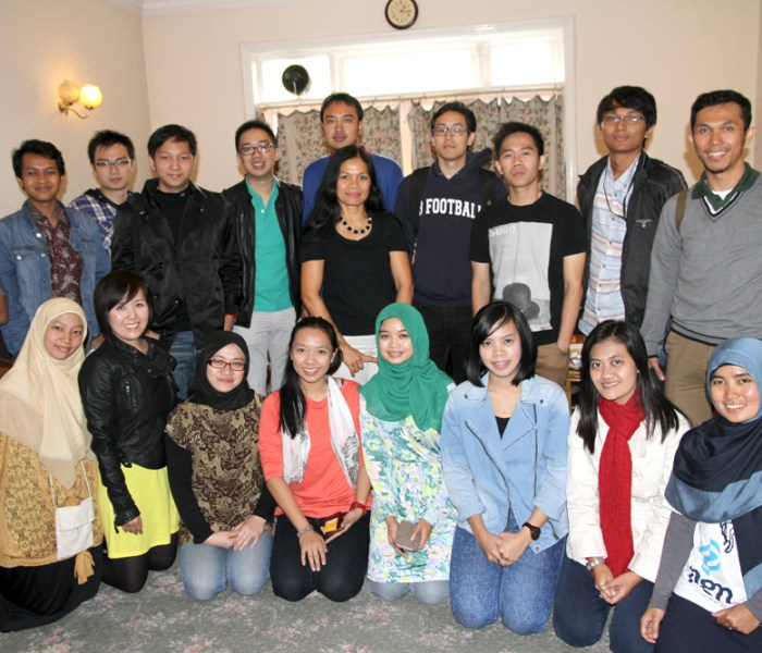 Networking with Institute Technology Bandung (ITB) MBA Students during The ITB – Goldsmith University Programme Exchange – Sept 2013