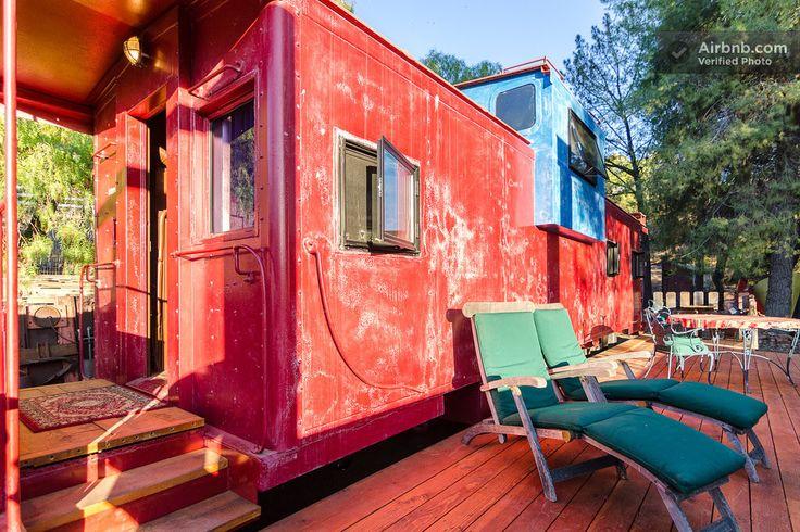 alojamiento diferente tren airbnb