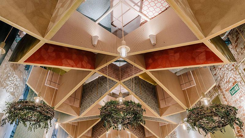 Techo acústico para el auditorio de Casa Decor, diseñado por Izaskun Chinchilla