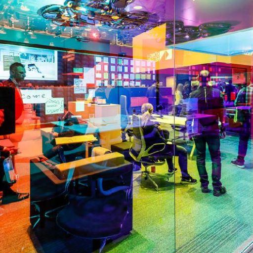 Orgatec 2018: el color invade la oficina del futuro