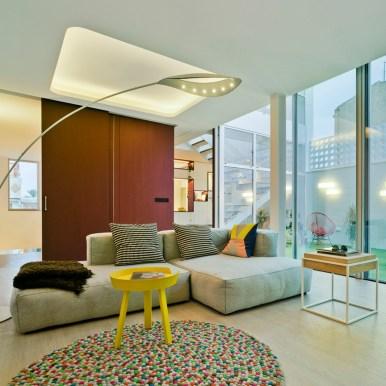 JOMO en interiorismo: calidez en muebles y tejidos