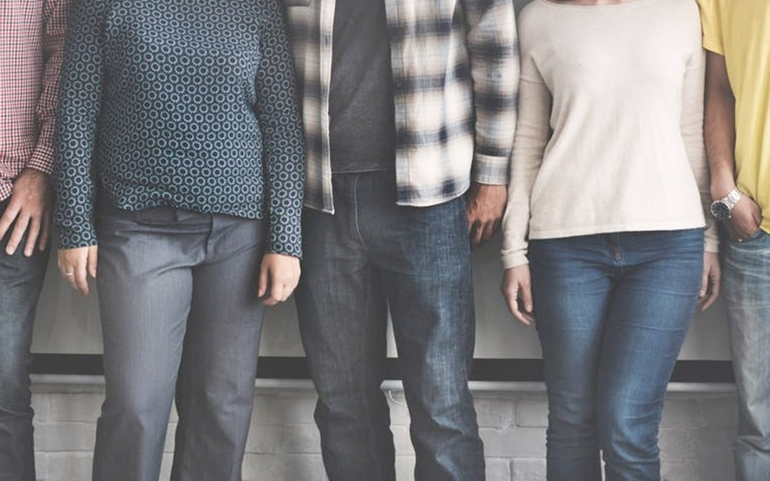 How New Couples Set Healthy Boundaries with Friends and Family