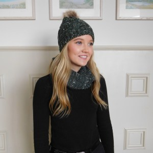 Green Speckled Faux Fur Bobble Wool Blend Hat and Snood