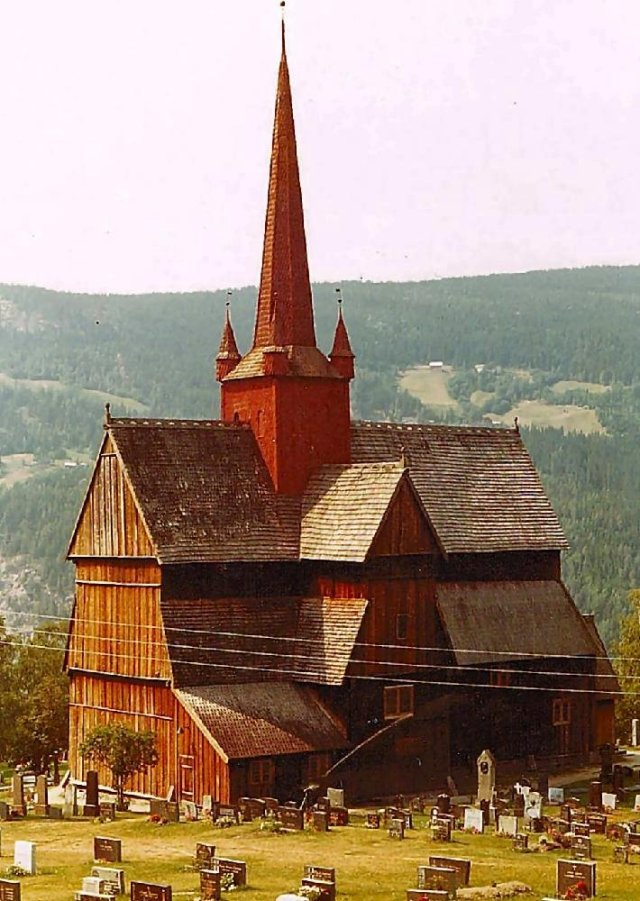 05 Kyrka Ringeby stavkyrka Norge
