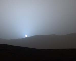 mars-sunset-msl-curiosity-martian-sky-pia194001