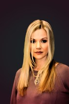 3-img_7656-blonde-lady-black-background