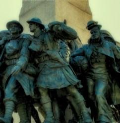 5JUN 10 036 War Memorial Smaller Shot Blur