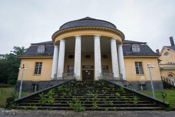 Haus Der Offiziere germany urbex