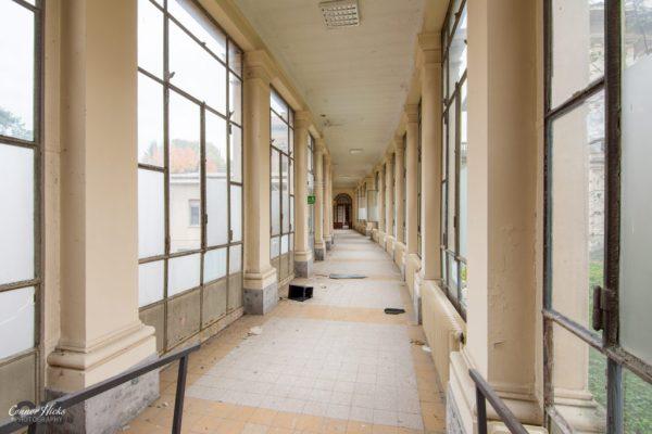 ospedale di g hallway italy urbex