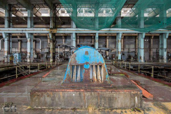power station urbex turbine