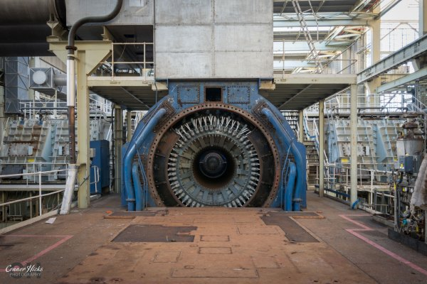 turbine-urbex-power-station-fawley
