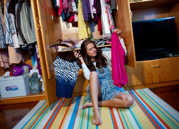 What happens during a Clutter Clearing Consultation?