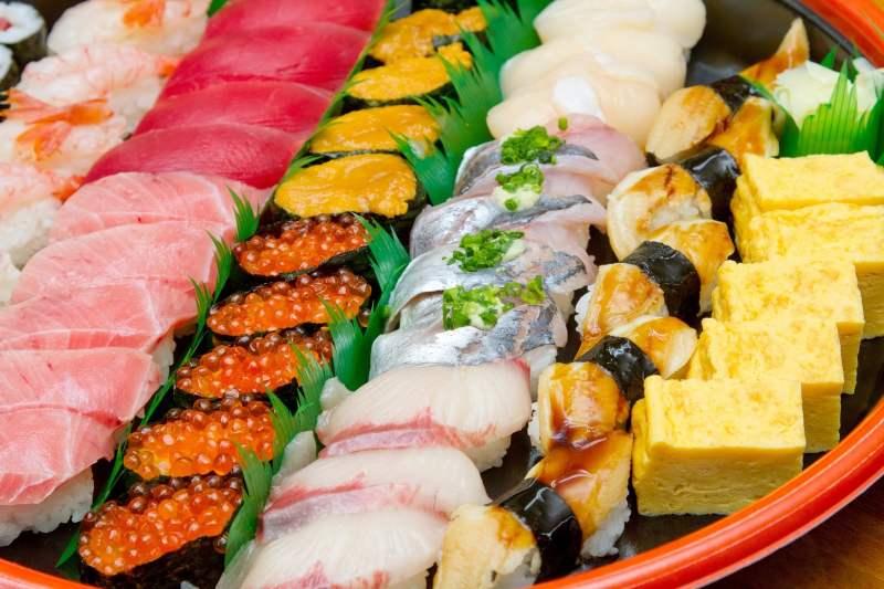baran, pasto decorativo que se pone en el sushi