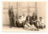 """Francisco Ortega """"Manrubia"""", Julian Francés Barrios. El nombre de la personas a la derecha (de los que estan sentados) es Antonio Francés Barrios. Saludos Silvestre Salazar Francés"""